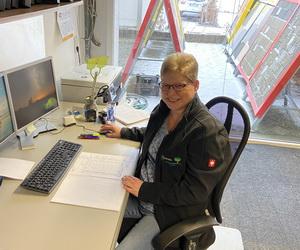 Frau Gabi Breidbach